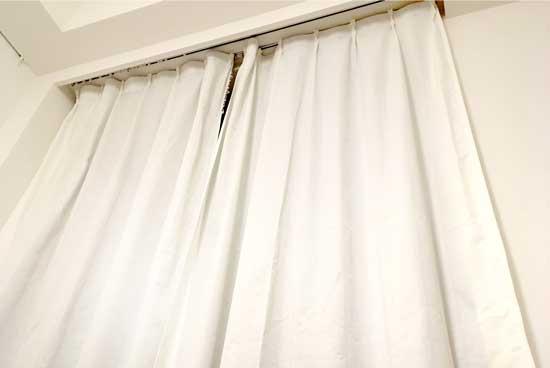 カーテンをオキシクリーンで洗濯